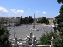 Piazza del Popolo dal Pincio (foto di WolfangM da Wikimedia Commons).