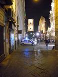 Il Campanile e la facciata della Chiesa di S. Chiara da Spaccanapoli.