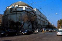 La chiesa a pianta ellittica di S. Carlo all'Arena.