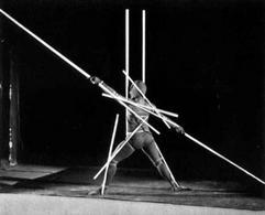 O. Schlemmer, Danza delle aste (1916-22). Fonte: Wikipedia