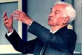 Ernst Mayr 1904-2005), biologo e genetista tedesco, naturalizzato statunitense. wikipedia.