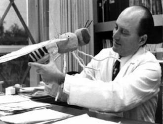 Seymour Benzer (1921-2007). Fonte: wikipedia