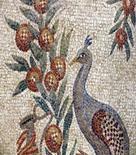 Antico mosaico romano raffigurante un pavone – Mausoleo Santa Costanza – Roma. Immagine da: Frammenti di Arte.