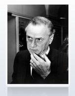 Marshall McLuhan, esponente del determinismo tecnologico. Immagine da: Due Lune.