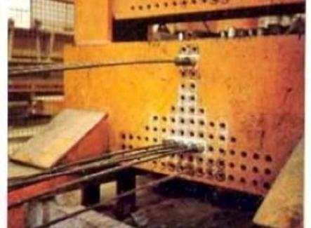 Blocco di ancoraggio dei cavi