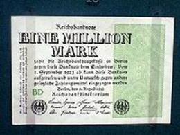 Banconota da un milione di marchi emessa dalla Repubblica di Weimar. Fonte: Wikipedia.
