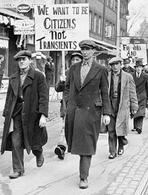 Manifestazione di disoccupati negli anni Trenta. Fonte:  Wikipedia.