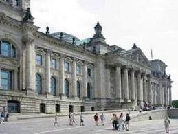L'edificio del Reichstag a Berlino. Fonte: Wikipedia.