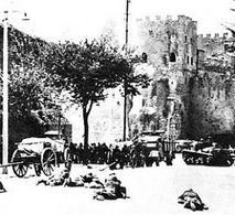 10 settembre 1943 soldati italiani cercano di contrastare i tedeschi presso porta San Paolo. Fonte: Wikipedia.