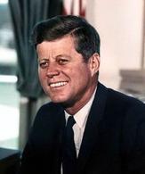 John Fitzgerald Kennedy (1917-1963). Fonte: Wikipedia.