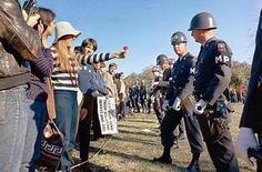 Manifestazione negli USA contro la guerra. Fonte: Wikipedia.