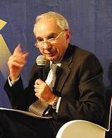 Giuliano Amato, Presidente del Consiglio negli anni di Tangentopoli. Fonte: Wikipedia.